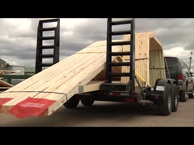 http://cds.p8p4q8s9.hwcdn.net/main/store/20090519001/items/media/BuildingMaterials/MidwestTruss/Videos/BuildingMaterials_midwesttruss_Howtobuy_1.mp4